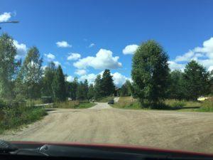 Där grusvägarna möts, där ligger Korså bruk