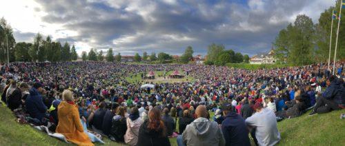 Midsommarfirande med traditioner i Leksand 2018